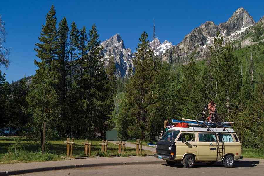 The 5 Best Summer Road Trips in the Rockies