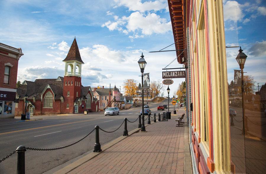 Colorado's 2015 Top Adventure Towns
