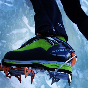 The Weisshorn paired with a Cassin Blade Runner crampon--great performance.