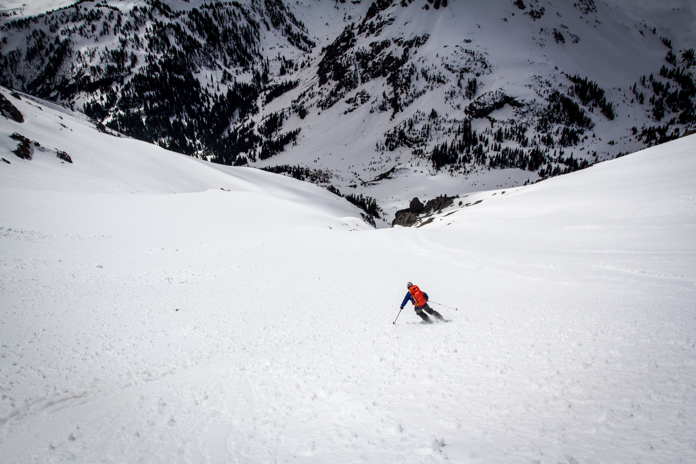 Skiing back into Yankee Boy Basin. Photo: TJ David