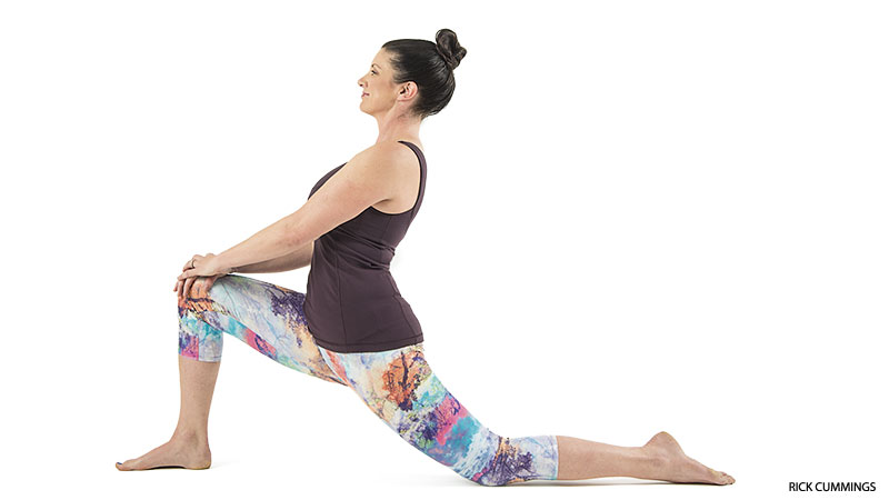 yoga_hike_low_lunge