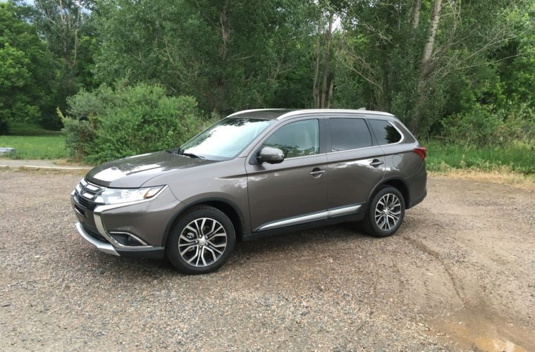 road trip: 2018 mitsubishi outlander review - elevation outdoors